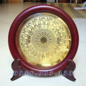 Đĩa đồng ăn mòn HỒ CHÍ MINH,KHUÊ VĂN CÁC,CHÙA MỘT CỘT làm quà tặng sự kiện,đối tác 3