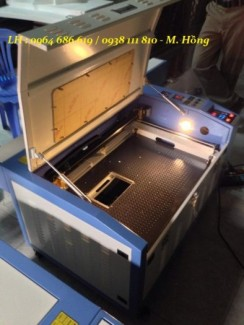 Máy laser cắt vải tự động, máy laser cắt da vi tính cực đẹp
