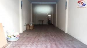 Cần thuê gấp nhà nguyên căn Trung Tâm Tp .HCM