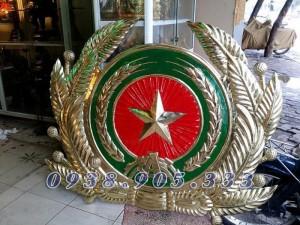 Gia công huy hiệu, kỷ niệm chương bằng nhựa composite