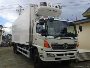 Xe tải Hino FL8JTSA 3 chân (Hino 15 tấn thùng ngắn), thùng dài 7,6m/9.3 mét