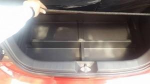 khoang chứa đồ rộng rãi 2 ngăn