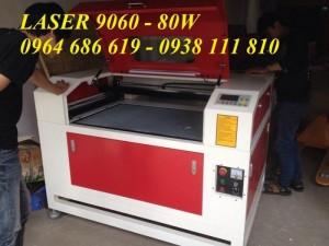 Máy laser 6090 cắt vải, cắt da tự động .. giá siêu rẻ