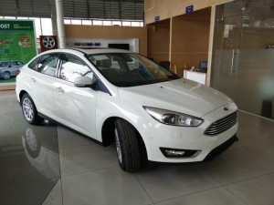 Bán xe Ford Focus 2016 - Giao xe ngay