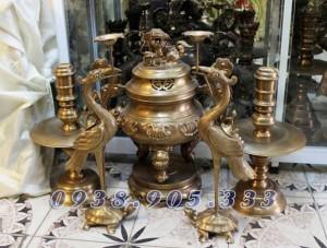 Đỉnh đồng đỏ mắt cua cao 50cm, đỉnh thờ thời Nguyễn