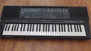Đàn Organ Yamaha PSR500