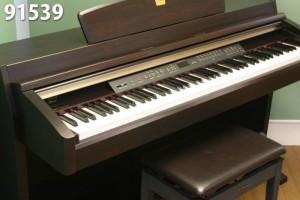 Piano điện Yamaha CLP240