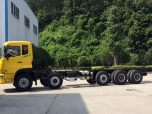 Xe tải dongfeng 5 chân tải trọng 22 tấn giá cả hợp lý, hỗ trợ mua xe trả góp, vay vốn ngân hàng lãi suất thấp.
