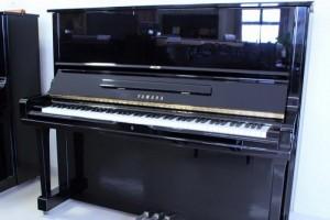Đàn Piano cơ Yamaha U3A