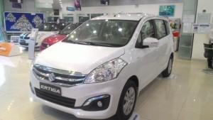 Cần Bán ô tô Suzuki Ertiga 7 chỗ màu trắng 2017 nhập khẩu giá tốt nhất Sài Gòn