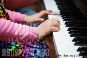 Quận 11, Quận Bình Thạnh chiêu sinh học piano-guitar-thanh nhạc 310k/tháng