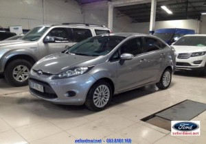Ford FIESTA 1.6AT Titatium SEDAN 2012