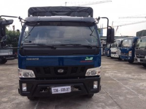 Xe tải Veam VT490, tải trọng 5 tấn, máy Hyundai, thùng dài 5,2M hoặc 6M