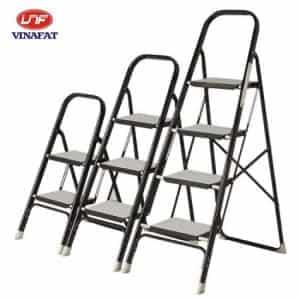 Thang nhôm PAL ST-4 Được thiết kế với các thông số kỹ thuật sau:  - Màu đen và màu trắng  - Trọng lượng: 8.02 kg  - Kích thước: chiều cao ghế: 0.94m, chiều cao tay vịn: 1.3m  - Bề rộng mặt ghế: 20x30cm.'  - Khoảng cách giữa các bậc: 23cm