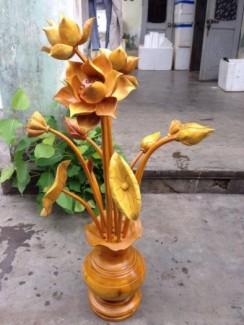 bình hoa sen gỗ  được sản xuât tai xưởng  quảng nam-đà nẵng đẹp giá bình đân thích hợp cho mọi gia đình