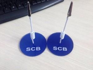 , mẫu wobbler để bàn SCB, mẫu wobbler đẹp, chuyên sản xuất wobbler cho ngân hàng.