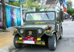 Jeep lùn Irac A2