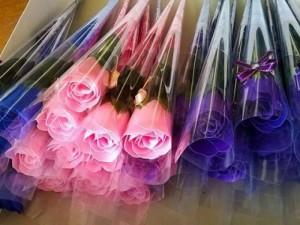 Hoa hồng sáp thơm, giá sỉ 10k/bông , mua nhé, mua tặng người mình yêu nhé
