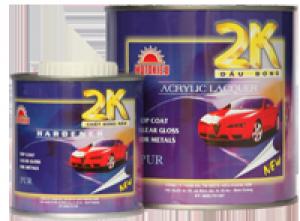 U BÓNG 2K TÍM HỆ ACRYLIC được pha chế từ kim loại Polyol Acrylic đặc biệt khi kết hợp với chất đóng rắn Polyisocyanate tạo thành loại sơn phủ ngoài, bóng , sáng rất bền bỉ, chống trầy sướt, bảo vệ các thiết bị cao cấp như  ôtô,môtô.