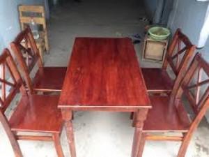 Thanh lý bàn ghế gỗ nhà hàng cao cấp giá rẻ
