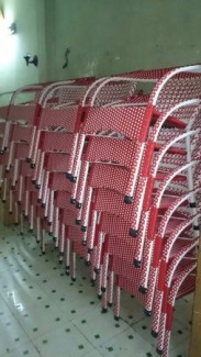 Bàn  ghế càfe sân  vươn giá  rẻ