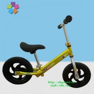 Xe đạp cân bằng cho bé A8 món quà ý nghĩa cho bé