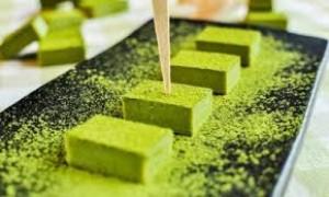 Cách làm bột trà xanh nguyên chất tại nhà bằng máy xay thuốc bắc siêu mịn.