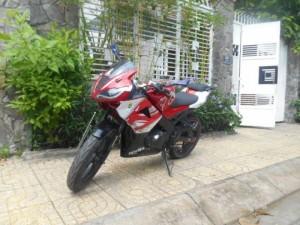 Bán xe Moto CBR.R15,125cc màu đỏ dk 2015 ,mới...