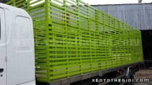 Bán xe Hino FC9JLSW 5 tấn thùng dài 6m8 chở gà giống, vịt giống