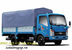 Bán xe tải thùng bạt thùng kín động cơ Hyundai tải trọng 2t4/ 2T4/ 2.4 tấn vào được Sài gòn cho lái thử xe.