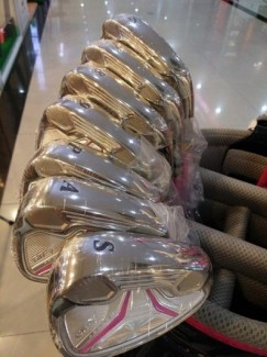 bộ golf nữ giá rẻ