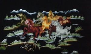Bức tranh ngựa thêu tay
