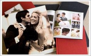 Photobook - Nơi lưu giữ thời gian - Size 15x15 cm, loại 12 tờ