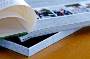 Photobook thiết kế theo yêu cầu - Size 30x40 cm, loại 24 tờ