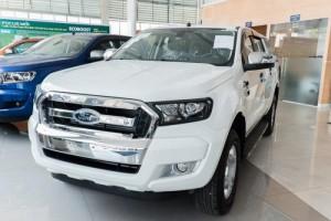 Xe Ford Ranger XLT mạnh mẽ, xe thương hiệu Mỹ nhập khẩu, nhận tư vấn và báo giá, cập nhật các chương trình khuyến mãi, ưu đãi mua xe từ đại lý chính hãng Sài Gòn Ford khi Liên hệ Trung Hải - 096 68 777 68 (24/24) để nhận tư vấn tận tâm nhất