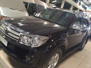 Toyota Fortuner AT 4x4 2k9