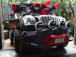 Xe quân sự dành cho trẻ em