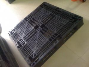Pallet nhựa huế. sll thanh lý nhựa mới cũ và xe nâng