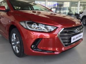 Hyundai Elantra model 2017 giảm ngay 20 triệu tại Hyundai Bà Rịa Vũng Tàu