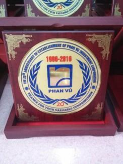 Nhận làm hộp quà tặng in hình logo công ty tai TP Hồ Chí Minh