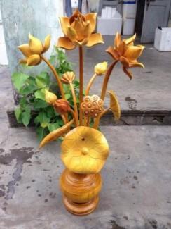 Bình hoa sen gỗ