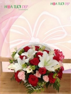 Giỏ hoa tươi mừng sinh nhật - GSN033