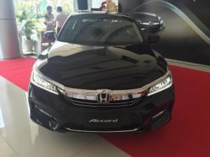 Honda Accord 2016 mới, giao sớm, đủ màu, thủ tục nhanh gọn, hỗ trợ trả góp