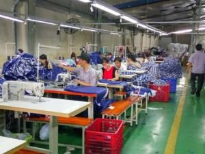 Xưởng may gia công Trang Trần Chuyên nhận may đầm theo mẫu