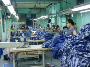 Chuyên gia công hàng thời trang giá rẻ - may gia công Trang Trần