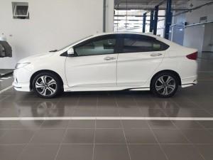 Cần bán chiếc Honda City 1.5 CVT