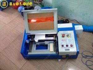 Bán máy laser làm quảng cáo,in ấn