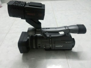 Máy quay phim Sony HDR FX7 HDV 1080i mới 98%