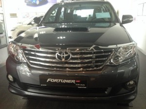 Toyota Fortuner 2017 Giảm giá tốt giao xe...