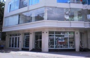 Cho thuê nhà mặt phố đường Sương Nguyệt Ánh, P.Bến Thành, Quận 1, DT: 17x21m, diện tích: 350m2, 3 lầu, giá: 18.000$